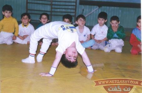 این پسر کوچولوی سفید و خوشگل رو می شناسین؟