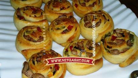 طرز تهیه و طبخ  و پخت پیراشکی حلزونی + تصاویر