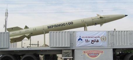 عکس موشک استراتژیک کوتاه برد فاتح 110 -  تجهیزات نظامی  از موشک های کوتاه برد تا موشک های دوربرد و قاره پیمای رادار گریز ایران