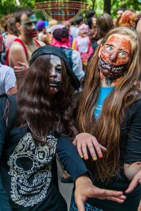 عکس های چندش آور و حشتناک زیر مربوط به جشن زامبی ها در سن پترزبورگ روسیه