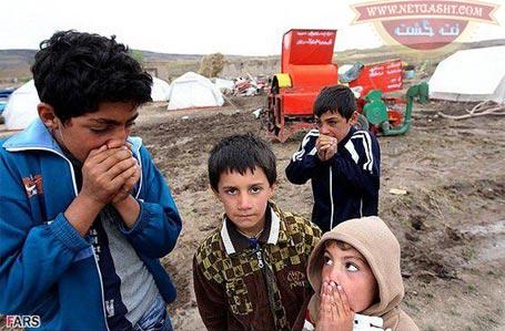 سرما در مناطق زلزله زده کرمانشاه بیداد می کند