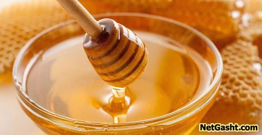 دلیل کش آمدن عسل هنگامی  که داخل ظرف ریخته میشود